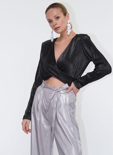 Tuba Ergin Crop Top Lurex Örme İsla Bluz Gümüş